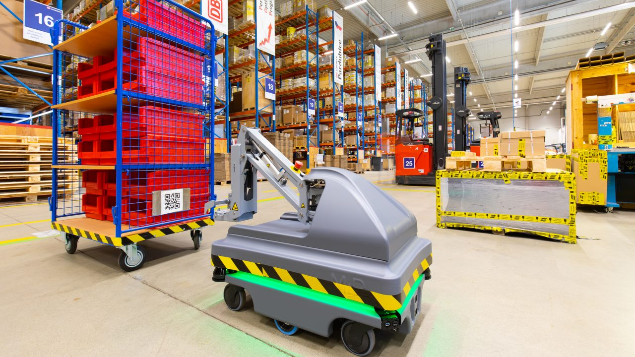Automated Mobile Robot in a DB Schenker warehouse in Pardubice, Czech Republic